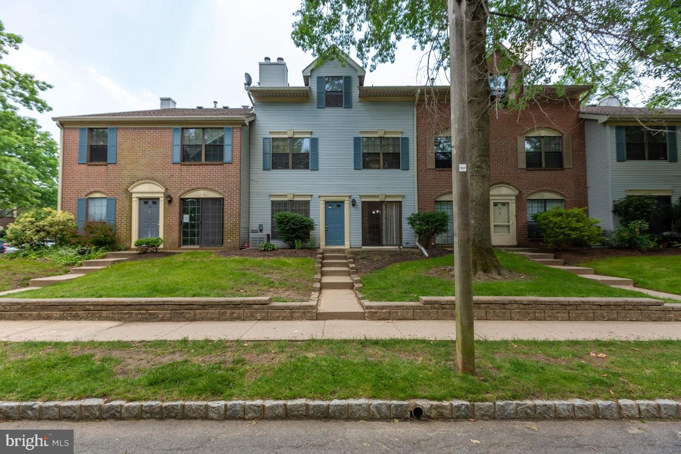 71 DREWES CT, LAWRENCE, NJ 08648