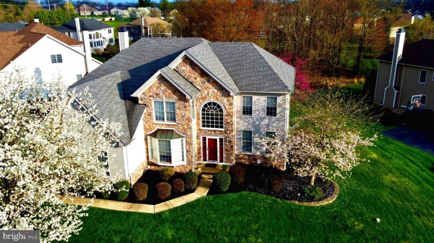 153 PALSGROVE WAY, CHESTER SPRINGS, PA 19425