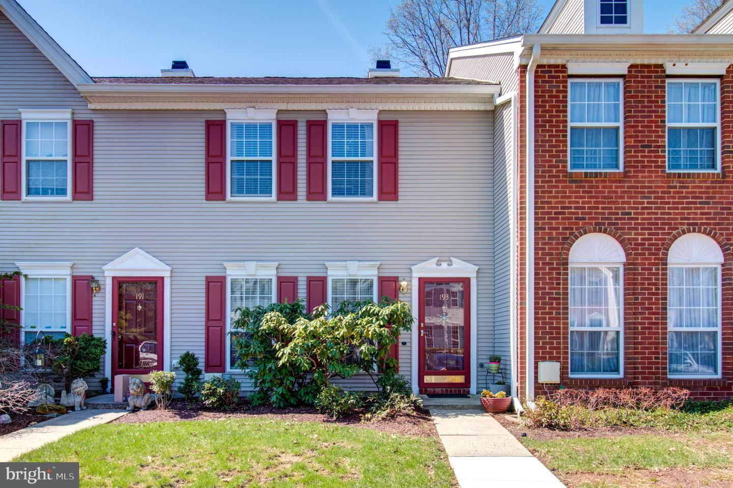 193 SHREWSBURY CT, PENNINGTON, NJ 08534