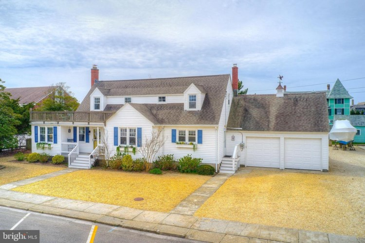 116 3RD ST, BEACH HAVEN, NJ 08008