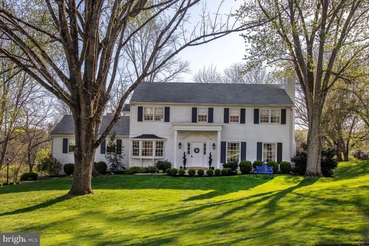 536 BRANDYMEDE RD, BRYN MAWR, PA 19010