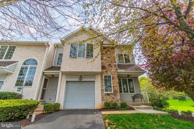 78 BUTTONWOOD DR, EXTON, PA 19341