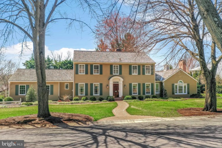 28 GOLDFINCH DR, WYOMISSING, PA 19610