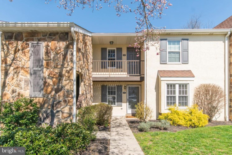 262 VALLEY STREAM LN, CHESTERBROOK, PA 19087