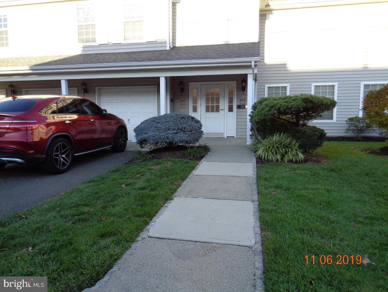 809 EAGLES CHASE DR, LAWRENCEVILLE, NJ 08648