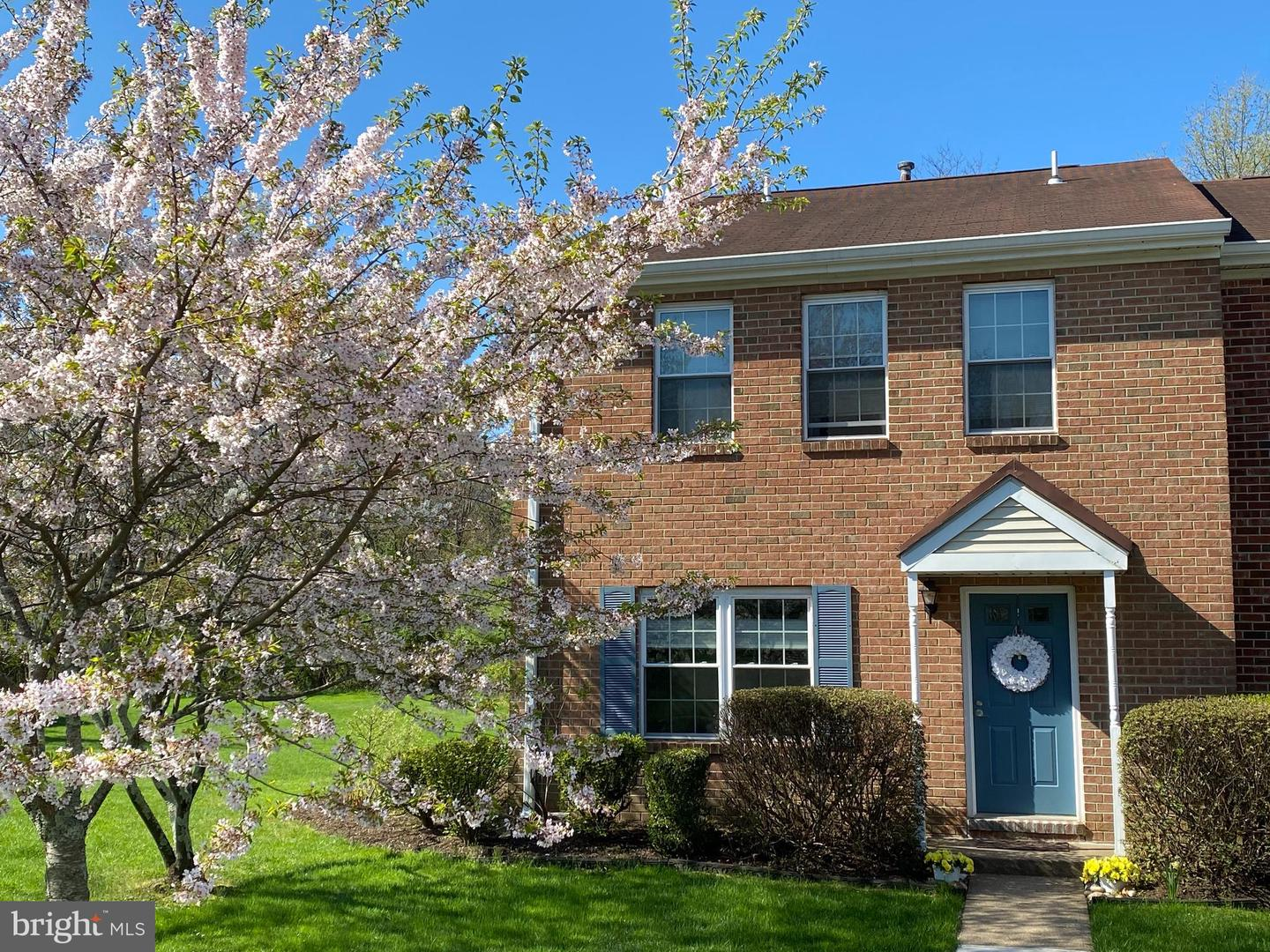 41 QUINCE CT, LAWRENCE TOWNSHIP, NJ 08648