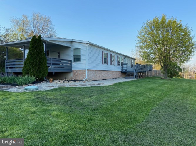 2054 OLD ROUTE 100, BECHTELSVILLE, PA 19505