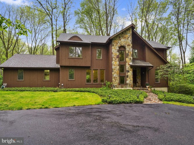 13 ARDMOOR LN, CHADDS FORD, PA 19317