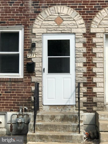 227 W 21ST ST, CHESTER, PA 19013