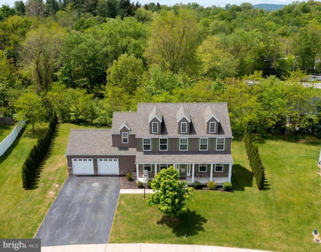 244 SPRING MEADOWS RD, MANCHESTER, PA 17345