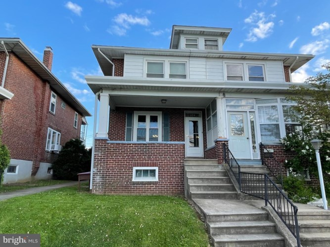 1124 EXETER ST, READING, PA 19604