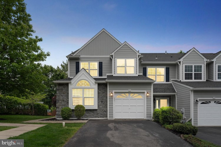 231 DONNA DR, PLYMOUTH MEETING, PA 19462