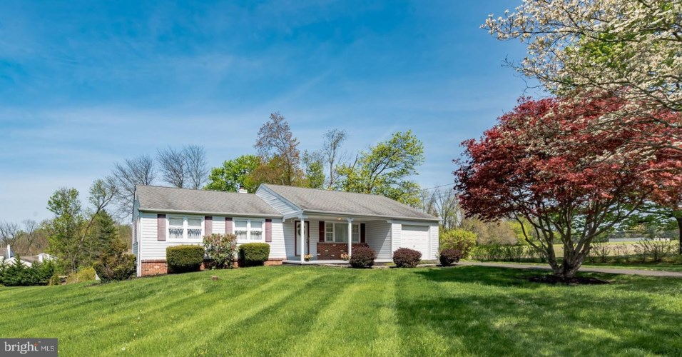 57 DRISCOLL DR, WARMINSTER, PA 18974
