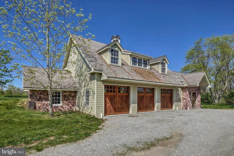 1245 COUNTY RD 519, FRENCHTOWN, NJ 08825