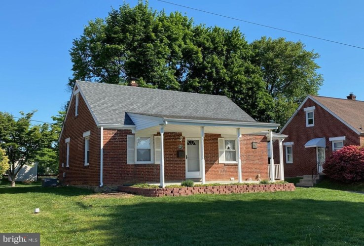 962 THORNTON RD, BOOTHWYN, PA 19061
