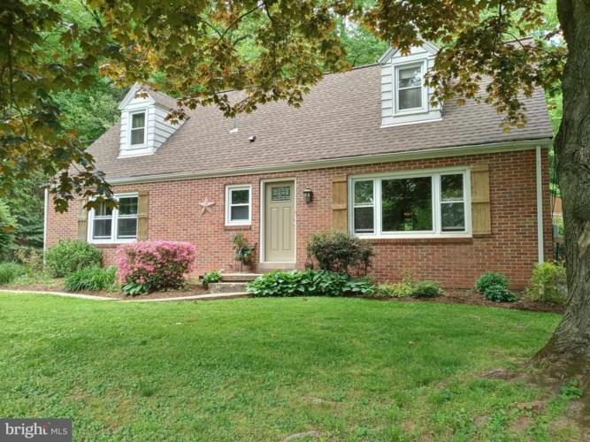 420 ADAMSTOWN RD, REINHOLDS, PA 17569