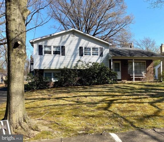 405 KENNEBEC RD, CHERRY HILL, NJ 08002