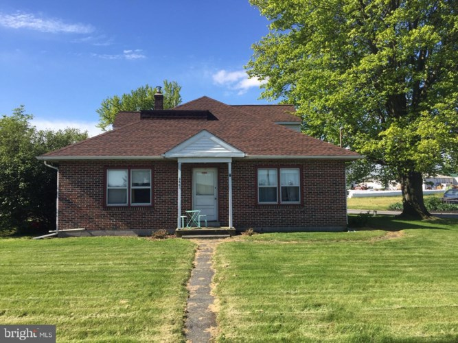 2802 LINCOLN HWY E, RONKS, PA 17572