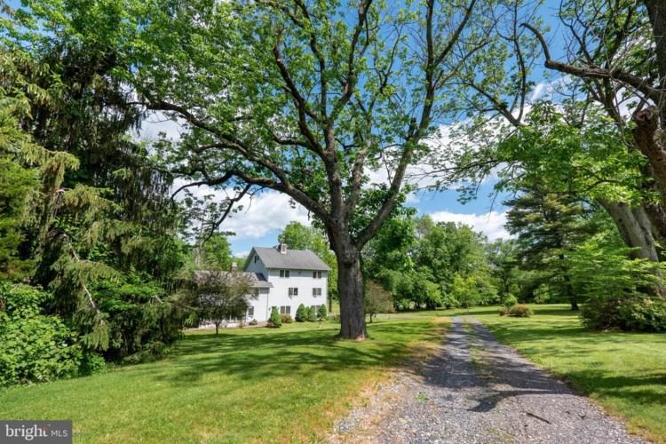261 GREEN HILL RD, TELFORD, PA 18969