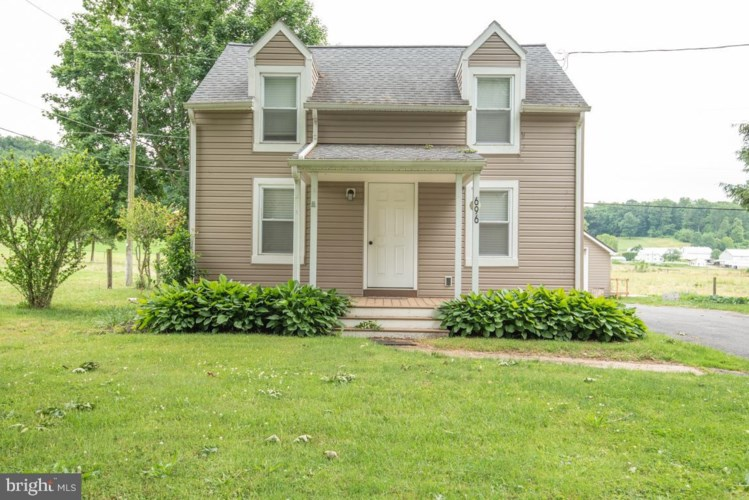 696 OVERLYS GROVE RD, NEW HOLLAND, PA 17557