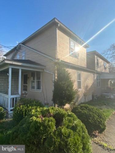 236 WASHINGTON ST, EAST GREENVILLE, PA 18041