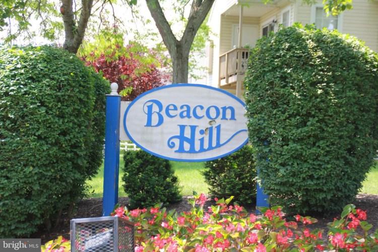24018 BEACON HILL DR, SOUTHAMPTON, PA 18966