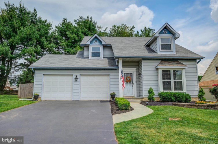 517 STANFORD RD, FAIRLESS HILLS, PA 19030
