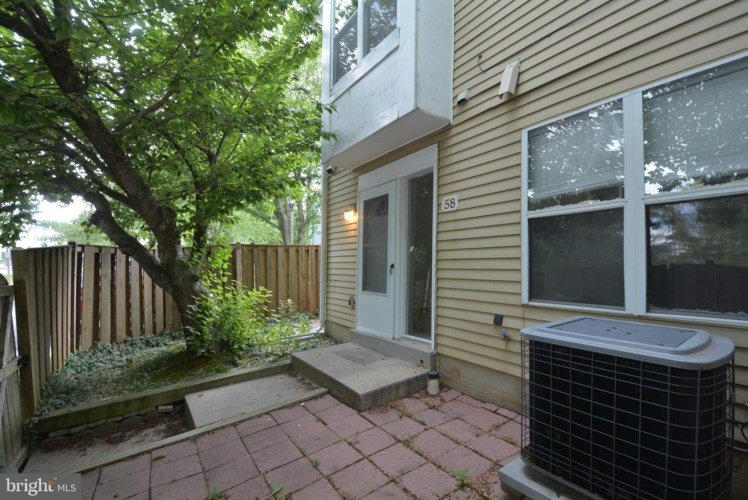 58 AVONSHIRE CT, SILVER SPRING, MD 20904