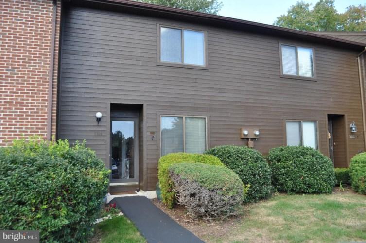2304 VILLAGE RD, ORWIGSBURG, PA 17961