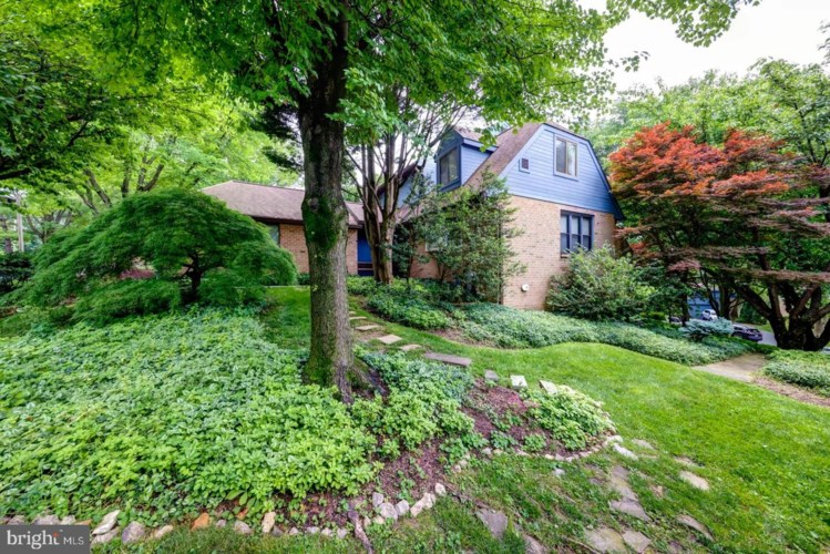 10 PAINTERS LN, CHESTERBROOK, PA 19087