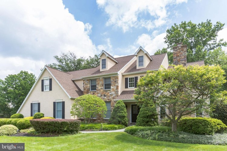 92 NORRISTOWN RD, BLUE BELL, PA 19422