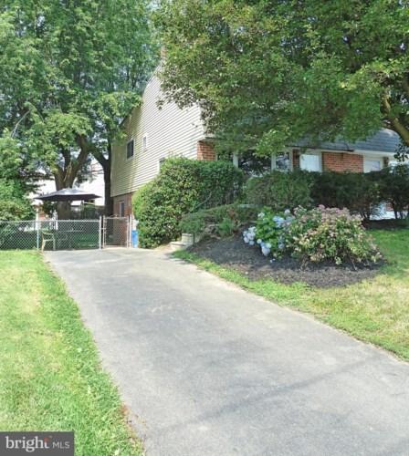 1018 TOMLINSON RD, PHILADELPHIA, PA 19116