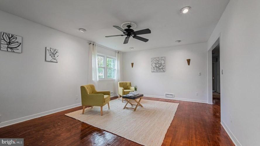 408 FRANKLIN AVE, PRINCETON, NJ 08540