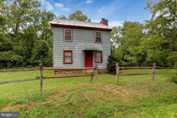 1549 WILLOW RUN RD, HONEY GROVE, PA 17035