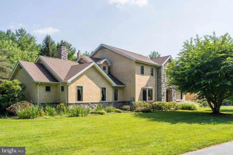 4033 MILLER RD, COLLEGEVILLE, PA 19426