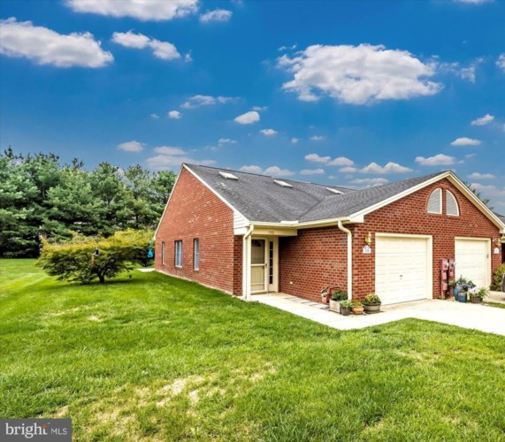130 CHANTILLY CT, HAGERSTOWN, MD 21740