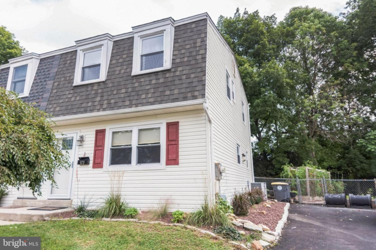 528 GRANT AVE, DOWNINGTOWN, PA 19335