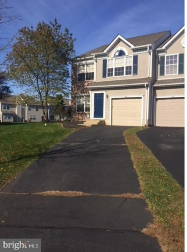 56 CAMELLIA CT, NEWTOWN, PA 18940