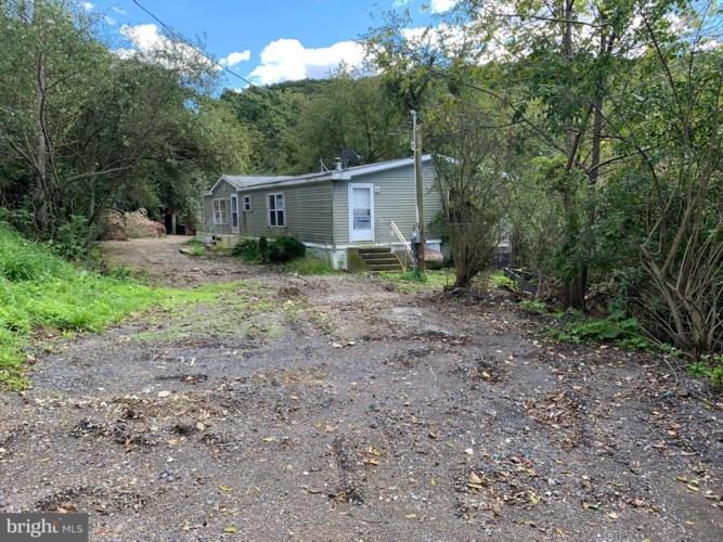 231 BLEE HILL ROAD, DANVILLE, PA 17821