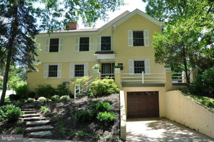 4116 BLACKTHORN ST, CHEVY CHASE, MD 20815