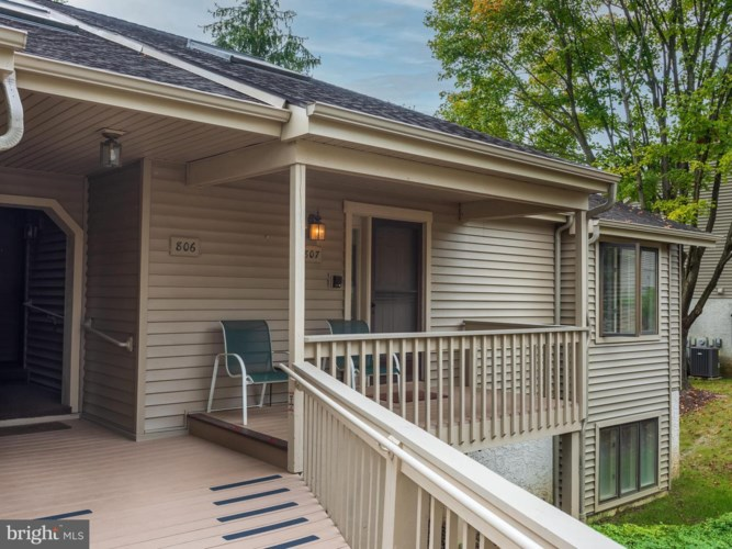 807 JEFFERSON WAY, WEST CHESTER, PA 19380