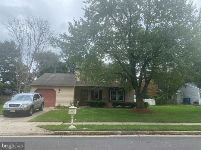 80 DUNHILL DR, VOORHEES, NJ 08043