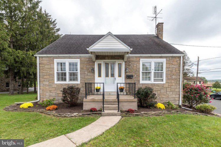 88 W 11TH, RED HILL, PA 18076