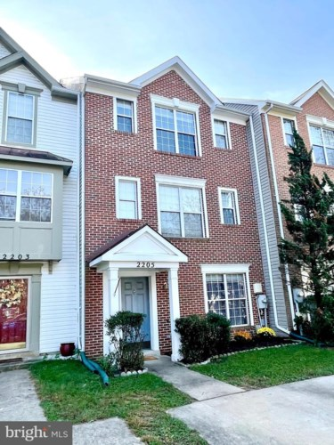 2205 COMMISSARY CIR, ODENTON, MD 21113