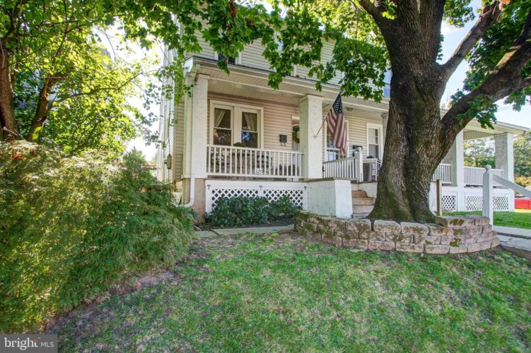 329 GREEN ST, LANSDALE, PA 19446