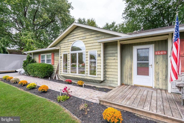 1609 BAYSIDE DR, CHESTER, MD 21619