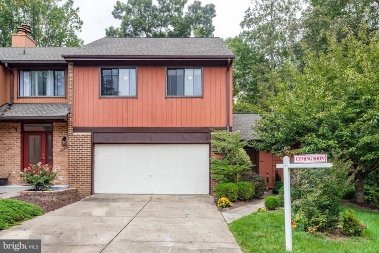 2570 TREE HOUSE DR, WOODBRIDGE, VA 22192
