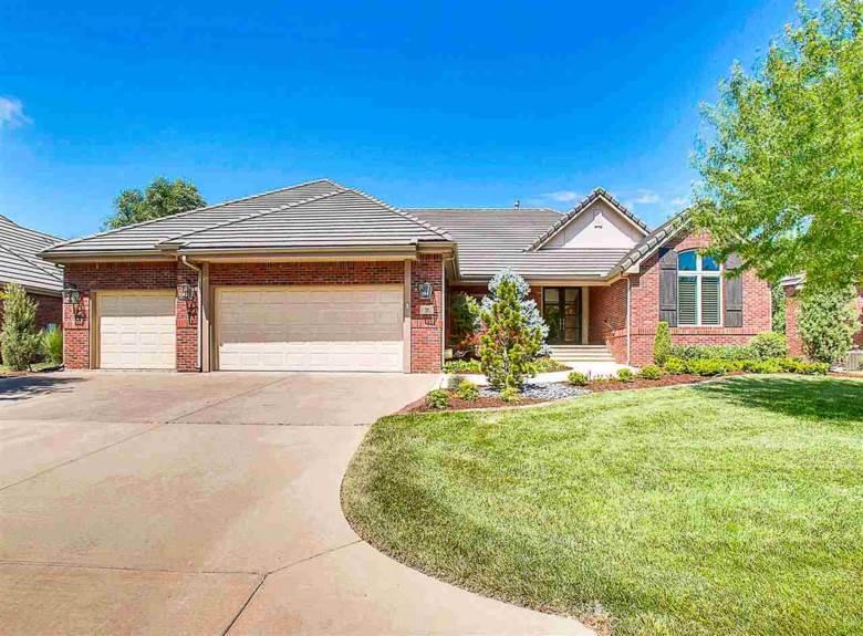 35 E Stonebridge Cir, Wichita, KS 67230