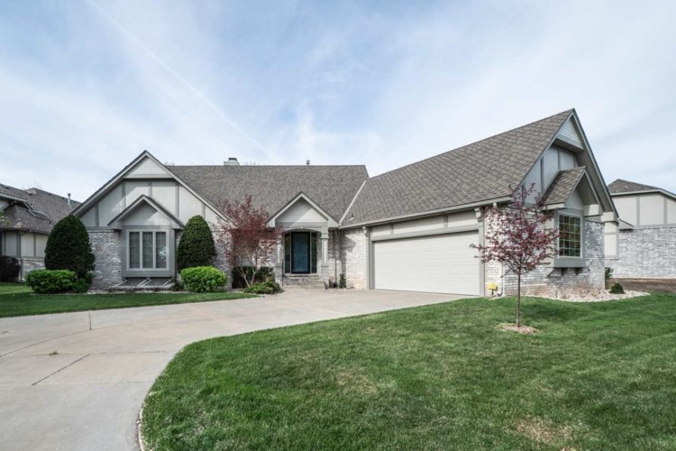 2415 N MORNING DEW ST, Wichita, KS 67205