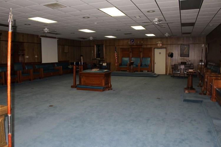 401 S Haverhill Rd, El Dorado, KS 67042